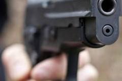 Otto colpi di pistola sotto la casa di Bagli, solo tanto spavento