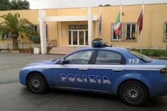 Rapina in un distributore di benzina a Trani: portati via soldi, gratta e vinci, tabacchi e un borsello