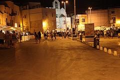 Multe e rimozioni sul porto di Trani