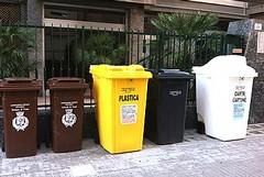 Cronaca di una raccolta rifiuti annunciata: «Un'anomalia tutta tranese»