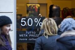 Partono oggi i saldi in Puglia, i consigli di Confcommercio