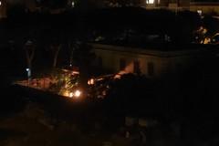I roghi del venerdì sera a Villa Bini: una sfida alle forze dell'ordine?