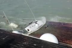 Barca affondata, Porto di Trani