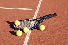 Coronavirus, le regole per giocare un tennis sicuro