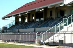 Stadio comunale abbandonato dalle istituzioni, la denuncia del Lab Dem