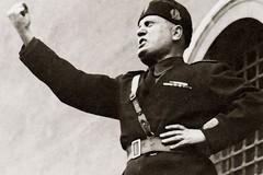 «A Trani attive sacche apologetiche del fascismo pronte ad entrare in Consiglio Comunale, si faccia chiarezza»