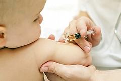 Meningite, in Puglia vaccini gratuiti o no? Caos Asl