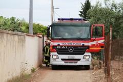 Trani, fuga di gas ed esplosione in una villa a Capirro