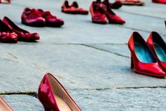 No alla violenza sulle donne, oggi il flash mob in piazza Libertà