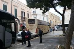 Caos bus turistici in Piazza Gradenico