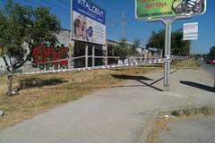 Via Falcone, il pericolo corre tra i cartelloni pubblicitari