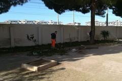 Largo Gordoni ripulito dopo le lamentele dei residenti