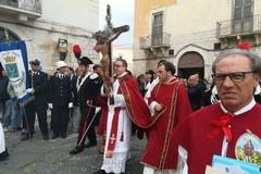 Trani in festa per il Crocifisso di Colonna. LE FOTO