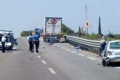 Grave incidente sulla SS16 all'uscita Trani nord: due feriti in codice rosso