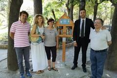 La villa comunale come una biblioteca: installata la Free Little Library