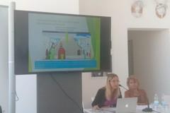 La preside di Trani Grazia Ruggiero a Polignano per discutere di giovani e digitale