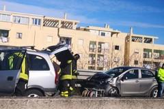 Incidente sulla 16bis, due auto coinvolte e due feriti