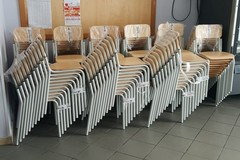 Scuole, iniziate le operazioni di consegna di nuovi banchi e sedie