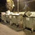 Porto di Trani, dopo la movida straripano i bidoni