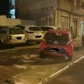 Parcheggi selvaggi in via Malcangi, la storia si ripete