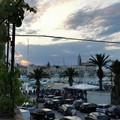 Il ritorno della normalità a Trani: piene le strade della movida