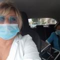 Arriva a piedi dall'altra parte della città per sottoporsi alla vaccinazione: al ritorno la dott.ssa Albrizio la riaccompagna a casa