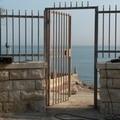 """Ex  """"La Vela """", il sindaco Bottaro ordina la messa in sicurezza della scala"""
