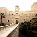 Trani negli anni dei D'Angiò, nuovo intinerario di Nova Apulia