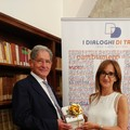 La cultura incontra il dono, consegnati i libri del Premio Megamark alla biblioteca di Trani