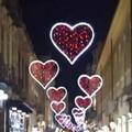"""Trani s'illumina con  """"Il corso stellare """", l'iniziativa di Comune e privati in vista di San Valentino"""