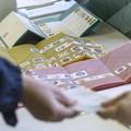Elezioni regionali, testa a testa fra Emiliano e Fitto nell'ultimo sondaggio in Puglia