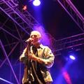 Ghemon infiamma il pubblico di Trani a ritmo della sua musica