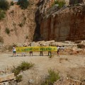 Flash mob di Goletta Verde a Trani contro le cave dismesse e le discariche abbandonate