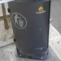 L'inciviltà colpisce ancora: l'ex pinetina di via Andria tra rifiuti e deiezioni canine
