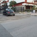 Rifiuti e tappi in via Malcangi: ecco cosa resta della Tranincorsa
