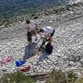 Pulizia della costa: oggi a lavoro 25 alunni con il supporto dell'Amiu