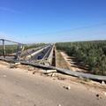 Sbanda sul ponte dell'A/14 e sfonda il guard rail: sfiorata la tragedia