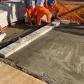 Lavori alla Seconda Spiaggia: iniziata la realizzazione della pavimentazione in pietra