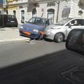 Scontro tra due auto in via Aldo Moro