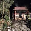 In fiamme una villa sulla Trani-Corato