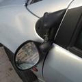 Vandali in azione: in via Dalmazia è strage di specchietti