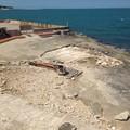 Un mare di rifiuti sulle spiagge, ma l'estate è davvero vicina