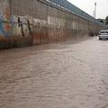 La pioggia, un flagello per i commercianti di via Aldo Moro