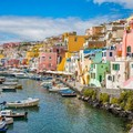 Capitale Italiana della Cultura 2022, l'isola di Procida batte tutti a sorpresa