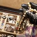 Furto in una gioielleria di Trani: l'arrivo della Vigilanza notturna mette in fuga i ladri