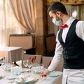 Puglia in zona rossa, stop ristoranti per tre settimane. Crack da 300mln di euro