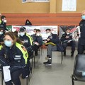 Fuori programma al Palasalute: vaccinati gli agenti della Polizia Locale