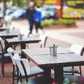 Dehors: sì ai tavolini all'aperto ma rispettando le regole