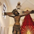 Venerdì Santo a Trani, il rito a porte chiuse nella Cattedrale alla presenza del Crocifisso di Colonna