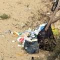Seconda Spiaggia, dove l'immondizia prende il posto della sabbia